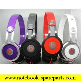 HEADPHONES/MP3 PLAYERS